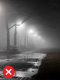 Ulice večer mlha