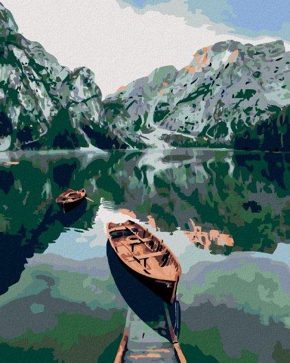Malowanie po numerach – Łódka na jeziorze w górach