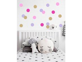 postel polštářky předloha puntiky