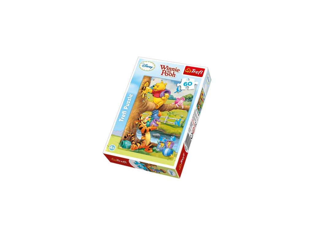 Trefl detské puzzle Macko Pú na mede 60 dielikov