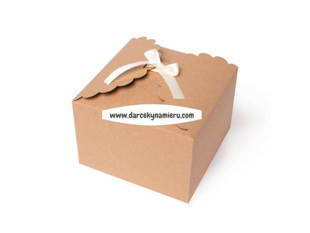 krabička hnedá s bielou stuhou vhodná aj na cukrovinky
